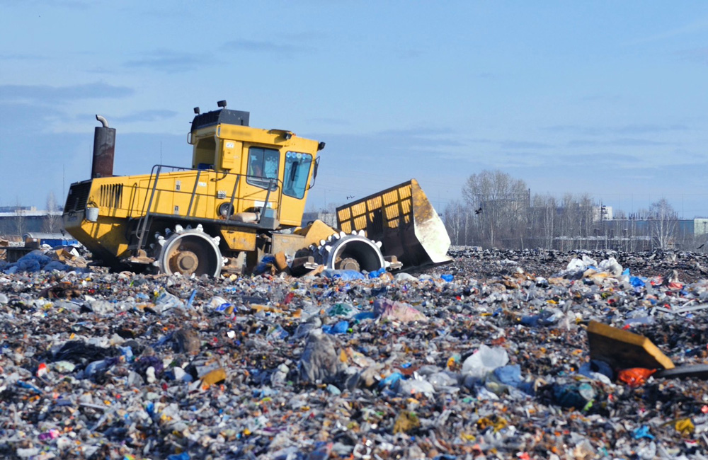 recycling compactor landfill site