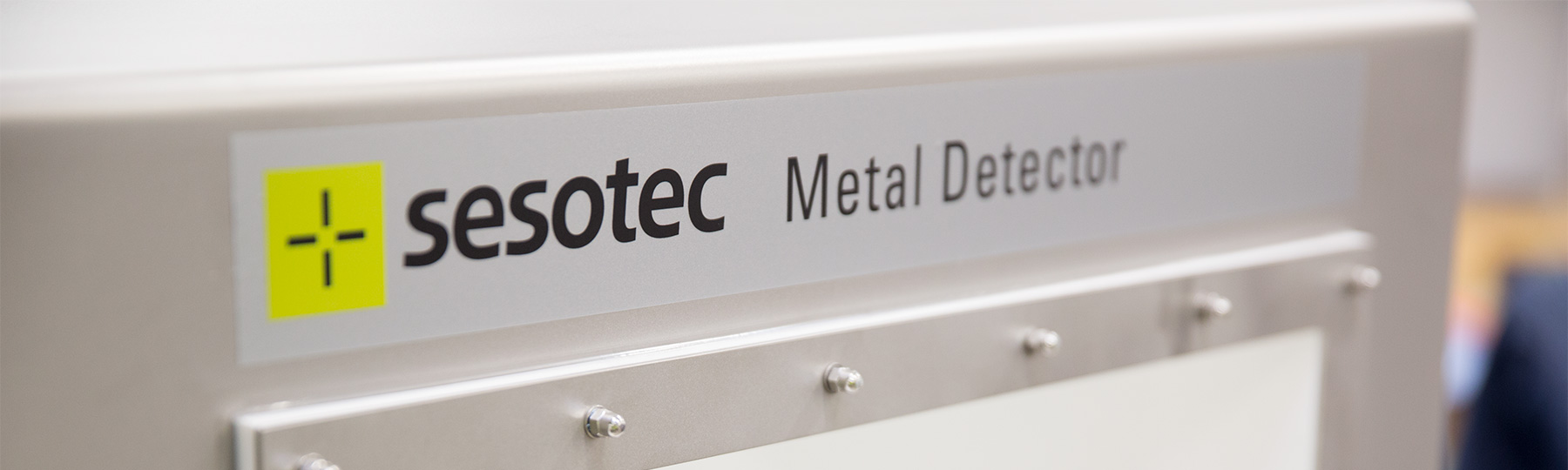 Metal Detectors Inductive Detection Systems Sesotec How To Build A Detector Circuit Contact
